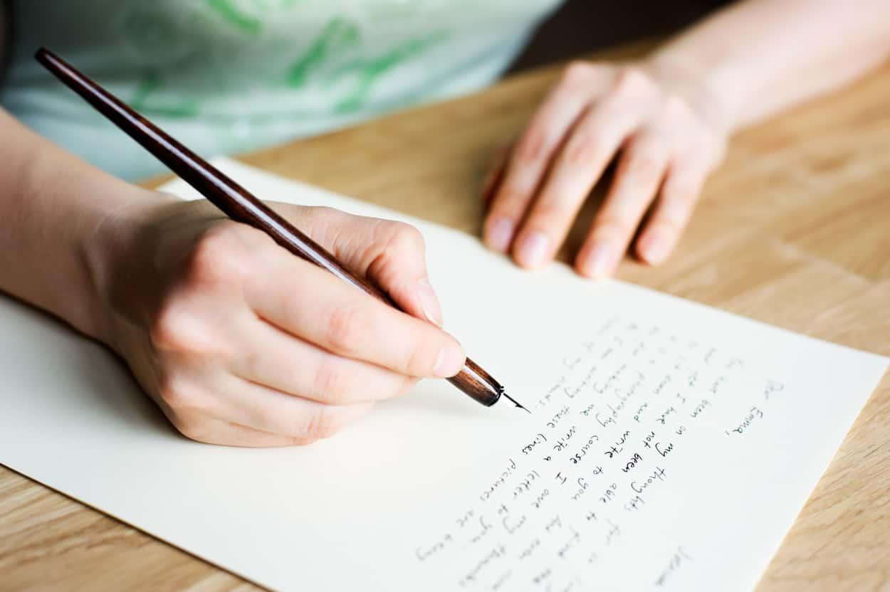 Format Contoh Surat Lamaran Kerja Tulis Tangan Yang Akan Dilirik Hrd