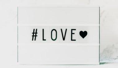 Arti Cinta dan Cara Mencintai Yang Benar