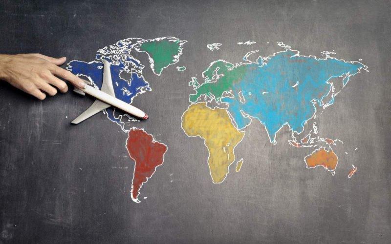 Dampak Positif dan Negatif Globalisasi di Berbagai Bidang