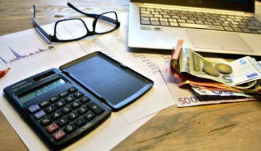 Perbedaan Purchase Order dan Invoice Yang Perlu Kamu Ketahui
